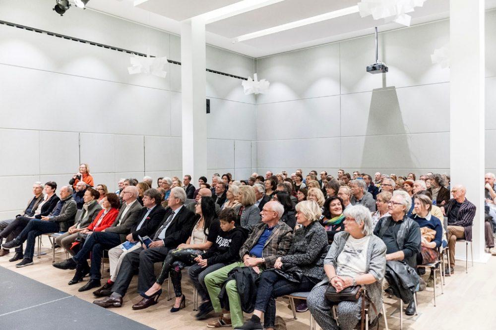 Vernissage KUNST INSPIRATION WISSENSCHAFT (2018). Foto: Karsten Enderlein.