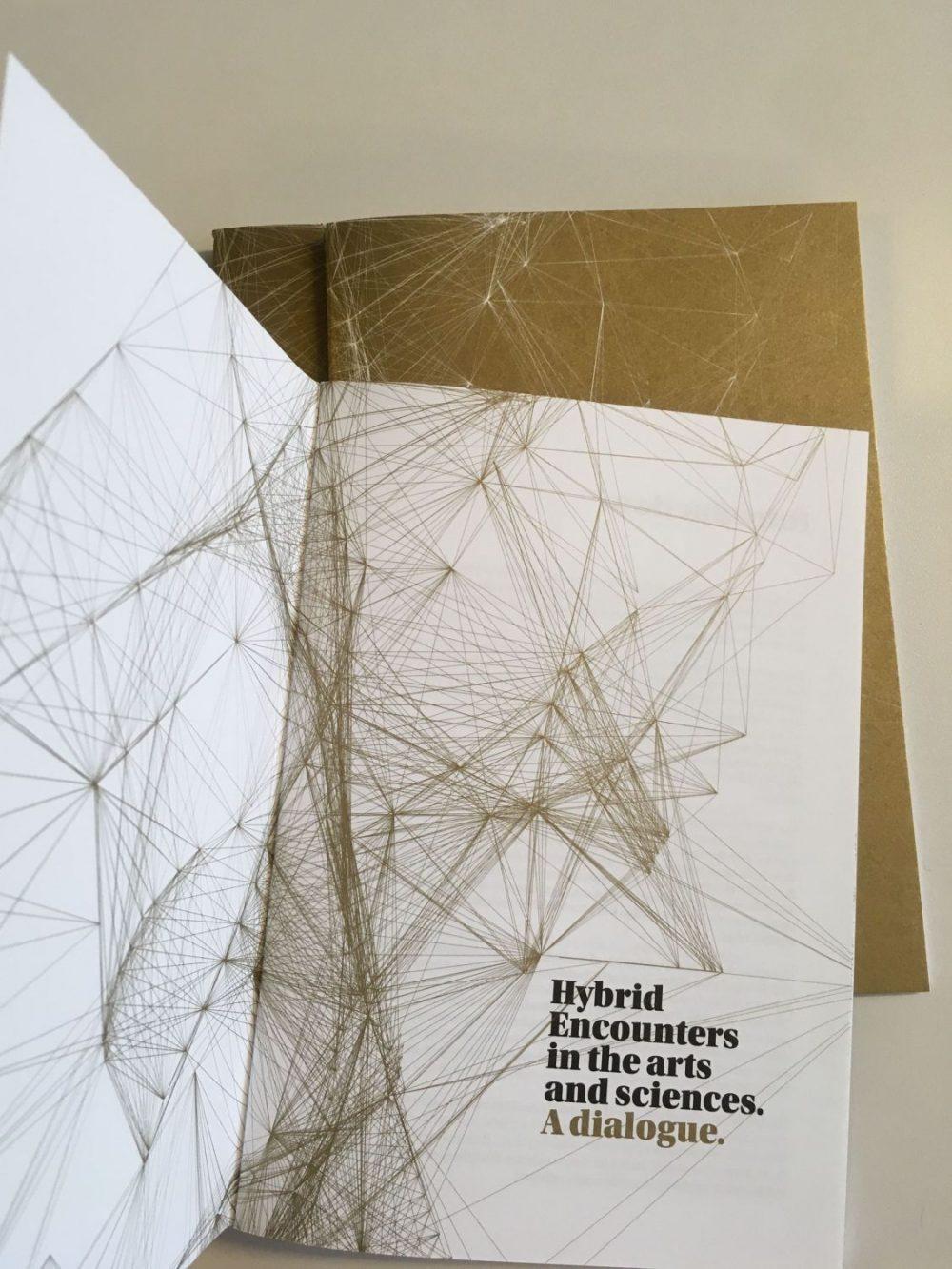 Publikation Hybrid Encounters in the arts and sciences (2020). Foto: Hybrid Plattform.