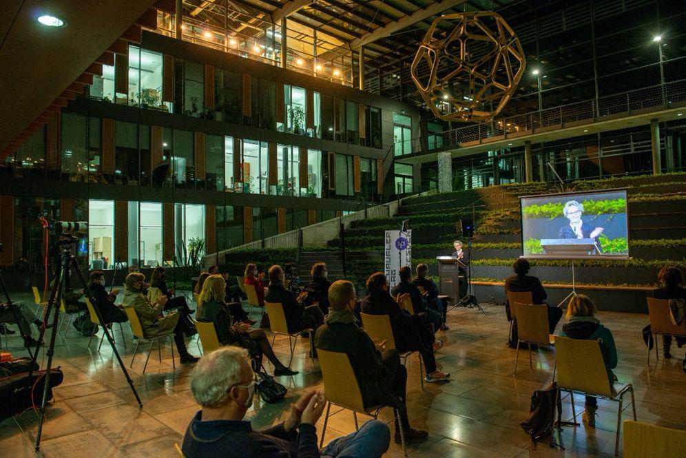 Auftaktveranstaltung des Schaufler Lab@TU Dresden am 28. Oktober 2020: Begrüßung durch Prof. Ursula M. Staudinger, Rektorin der TU Dresden. Foto: TUD.